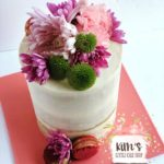 I bake custom cakes and cupcakes, located in Huntington Beach, California. Floral cakes are my jam. Serving Orange County and surrounding areas. Call me for your delicious custom cakes!
